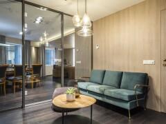 5-STAR LUXURY HOTEL EXECUTIVE OFFICE