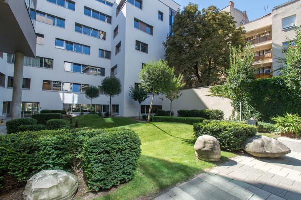 Residence 1-2 Irodaházak